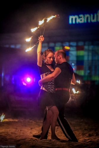 Labareda Fireshow- Fever Night - Agencja Gazeta (1)